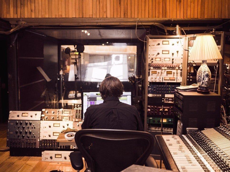 NEW! DISPONIBILI I NUOVI MODULI DI ARRANGIAMENTO, RECORD PRODUCTION & DISTRIBUTION E STORIA DELLA MUSICA ELETTRONICA, STAY TUNED!
